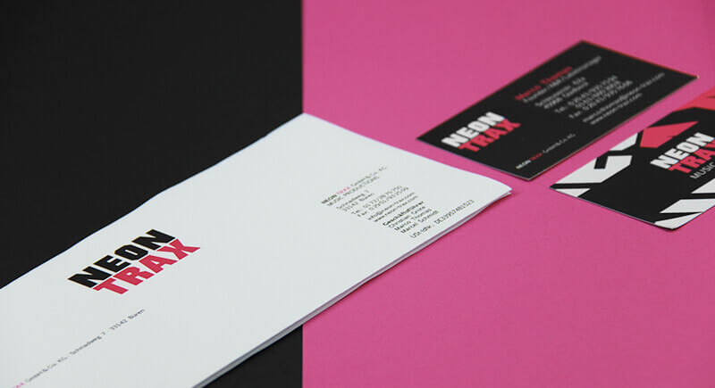 Neon Trax Briefbogen und Visitenkarte