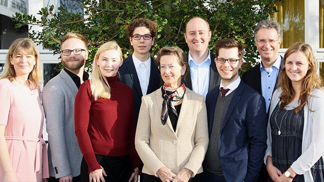 Die Teilnehmer der Podiumsdiskussion im Grashof Gymnasium in Essen