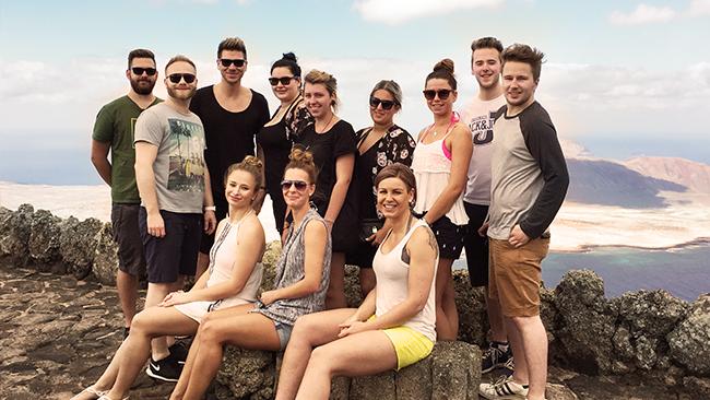 Die Teams der PAVO Meisterfriseure und der aviate Werbeagentur auf Lanzarote