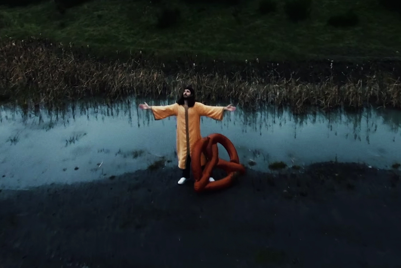 Professionelle Luftaufnahmen aus Essen für Musikvideo von Frittenbude